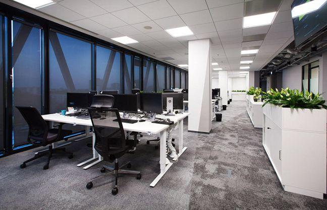 个空间多样性的办公室装修案例值得欣赏